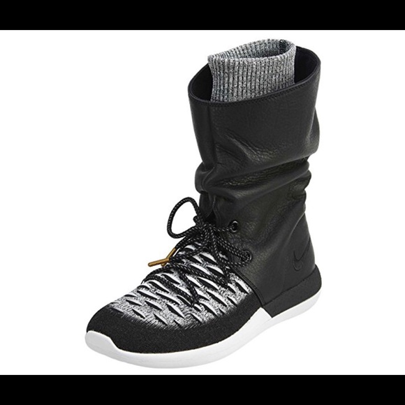 check out ec941 8a621 Womens Roshe Two Hi Flyknit Trainers 861708 Boots